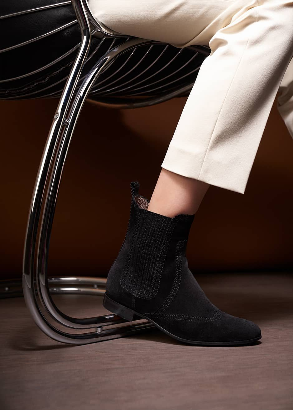 Londra – Chelsea Boots in suede nero