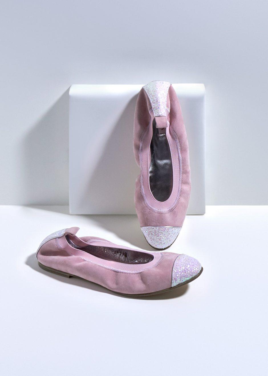 Kate – Ballerina in suede di capretto rosa con puntale e tallone in glitter rosa
